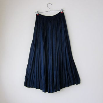 Dark Navy Blue Flowy Peasant Skirt in Floral Damask Pattered Textured Rayon with Elastic Waist // Dolly Kei Dark Boho Gypsy Style