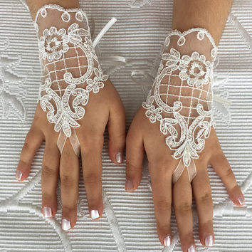 ivory lace gloves FLOWER GIRL wedding gloves  bridal gloves french lace for princess wedding gloves, lace glove, Bridesmaid gloves