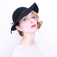 1930s Hat / VINTAGE / Wide Brim / Felted Wool / Navy Blue / 30s Hat / Embroidered / RARE