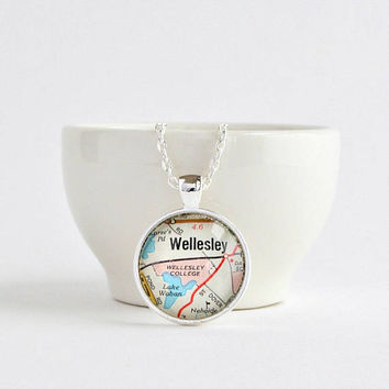 Custom Map Necklace, College Graduation Gift for Her, Best Friend Graduation Gift, Graduation Gifts for Friends, Matching Gifts for Friends