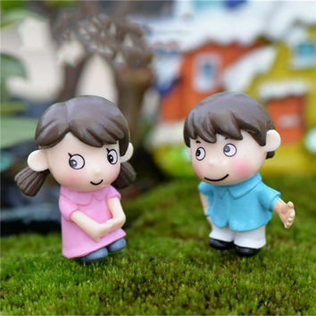 2 Pcs Lovers Couple figurines Miniatures Boy Girl Fairy Garden Miniaturas Resin Crafts for Gifts Home Decoration Accessories
