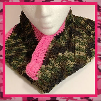Free shipping US only | camo and pink infinity scarf