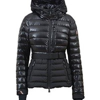 Moncler Women's 4530968950999 Black Polyamide Down Jacket
