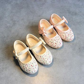 ONETOW Summer Korean Floral Princess Stylish Flat Butterfly Pearls Shoes [4919279876]