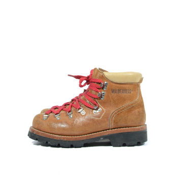 Vintage Mountaineering Wolverine Wilderness Hiking Boots Tanned Suede Red Laces Women's Size 8 1/2 M