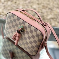 Louis Vuitton Lv Bag #687