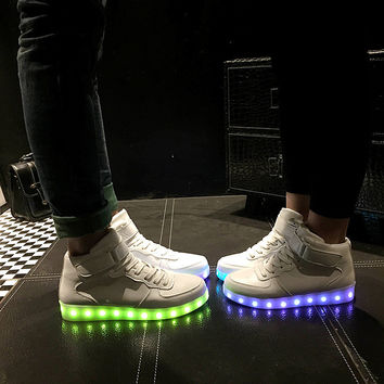 Couple Lightning Round-toe LED Noctilucent Flat Shoes [6734564487]