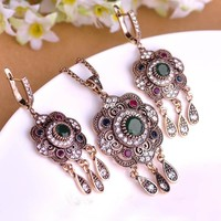 Vintage Turkish Jewelry Sets Green Flower Pendant Colar Antique Gold Plated Princess Hooks Long Pendientes Necklace Earrings Set