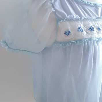 a04142941 Blue vintage babydoll lingerie - 1960s baby blue Kayser nightgown - floral  embroidered short nightdress -
