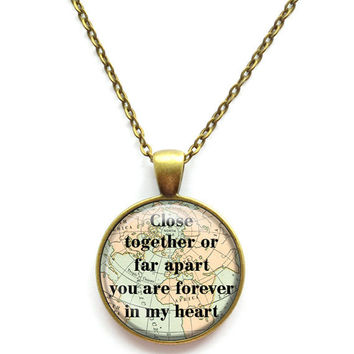 Sister Necklace Close Together or Far Apart You Are Forever in My Heart Sister Chain Pendant Necklace Jewelry Keychain Key Ring