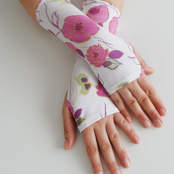 Fingerles gloves, Holiday gifts  - White fingerless gloves, Spring trends, flowers, branches, patterned arm warmers - stempunk, Victorian,