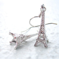 Eiffel Tower Charm Earrings Dangle Earrings Silver by pearlatplay