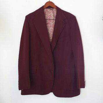 Vintage 1970s Men's Burgundy Polyester Sports Coat - Handsome Maroon Blazer - Textured - Mod