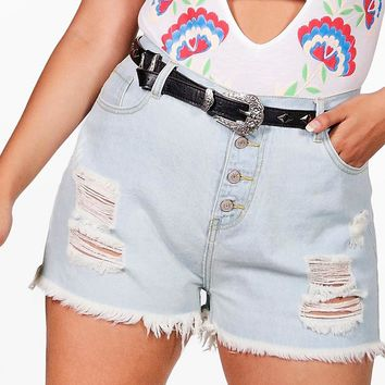 Plus Felicity Fray Detail Denim Short | Boohoo