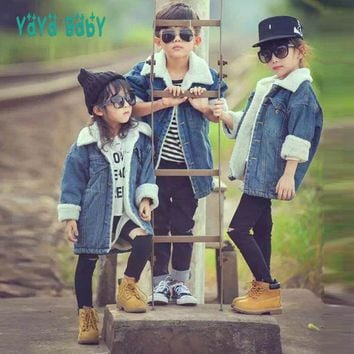 Trendy 2018 New Fashion Denim Kids Jackets for Girls Boys Thick Wool Warm Autumn Winter Children Outerwear Hooded Toddlers Coat AT_94_13