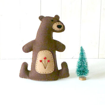 Felt Bear Pattern, Stuffed Bear Sewing Pattern, Woodland Bear Hand Sewing Pattern, Bear Softie, Plush Bear Toy, Bear Stuffie
