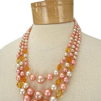 Pink Triple Strand Pearl Bead Vintage Necklace