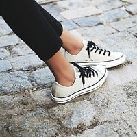 Converse Womens Vintage Leather Low Tops