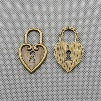 2x Making Jewellery Supply Pendant Lots Bronze Jewelry Findings Charms Schmuckteile Charme 4-A3097 Heart Lock