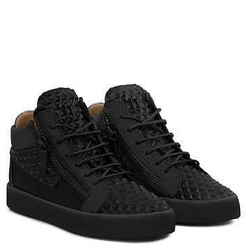 Giuseppe Zanotti Gz The Manhattan Black 3d Calfskin Leather Mid-top Sneaker
