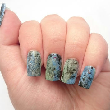 Gloomy Halloween Glue On Fake Nails / Press On Claws / Haunted House / Costume / Stiletto Nails / 3D Artificial Nail Decals
