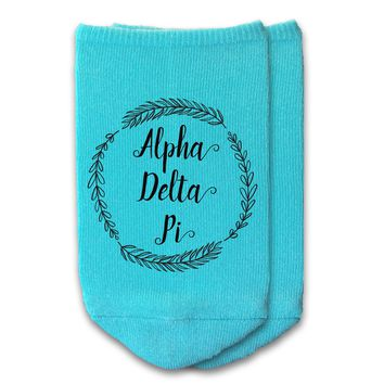 Alpha Delta Pi - Sorority Name with Wreath No-Show Socks