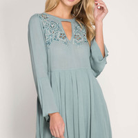 Solid Embroidery Mock Neck Pleated Dress