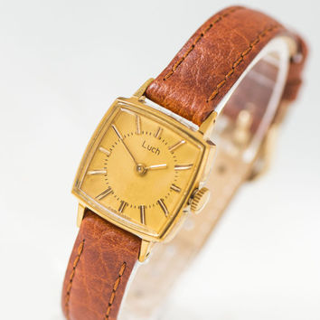 Elegant lady's wristwatch vintage, square woman's watch Ray, minimalist watch her gift, gold face woman watch, premium leather strap new