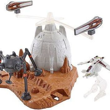 Hot Wheels Star Wars Starship Battle of Geonosis Play Set