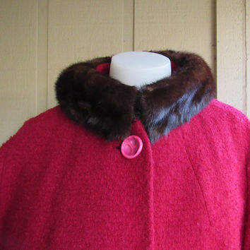 50s 60s Red Boulce Wool Mink Trim Collar Coat // Old Hollywood Style Vintage Clothing ILGWU Label