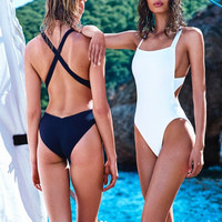 Backless Solid Color One Piece Swimsuit Swimwear