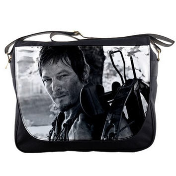 "Daryl Dixon 14"" Messenger Bag Black White The Walking Dead Shoulder Sling School Laptop NoteBook School Bags"