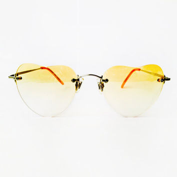 Hippie 1970's Ombre yellow Heart Lens in Metallic frame SunGlasses Eyewear - Real Vintage - Super Cool - Old Fashion trend - One of a kind