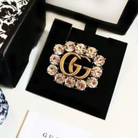 GUCCI 2018 new trend women's retro luxury diamond double G letter brooch