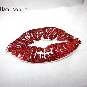 P285 2PC Big Red Lips Sequins Patches Applique iron on Embroidered for Clothes Sticker Diy Party decororation supplies 2016 New