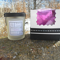 Heather wood wick, natural soy candle.