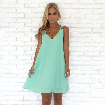 Diamond Back Shift Dress In Pop Mint
