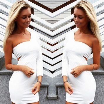 DCCK7BW The white long sleeve wrapped chest oblique tight dress