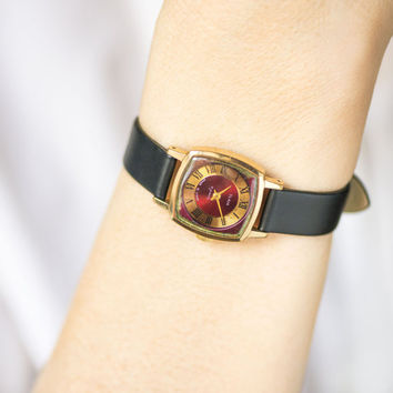 Gold plated lady watch square - dark ruby face women's watch – modern lady's watch – 70s fashion woman watch gift - new premium leather band