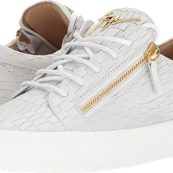 Giuseppe Zanotti Mens May London Textured Low Top Sneaker