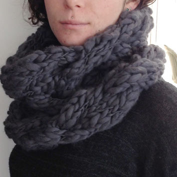 Knit infinity scarf, chunky knitted infinity scarf, cable knit cowl, chunky oversized snood, knitted Infinity Scarf in Grey.