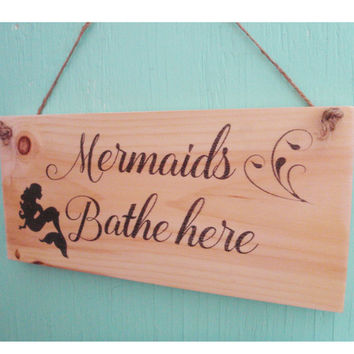 Mermaid bathroom sign -Mermaid decor - Beach bathroom sign - Rustic bathroom sign - Coastal home decor - Beach decor - Housewarming gift