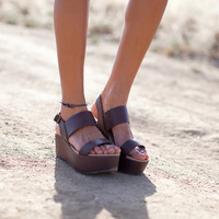 Wildflower Flatform Sandal, Brown