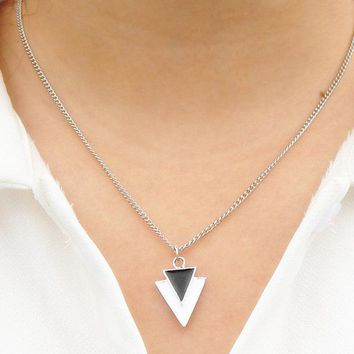 N2040 Triangle Pendant Necklace For Women Men Geometric Fashion Jewelry Bijoux Collares European & American Style One Direction