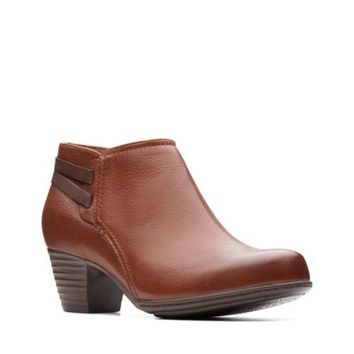 Clarks Valarie2ashly Dark Tan Leather Ankle Boots