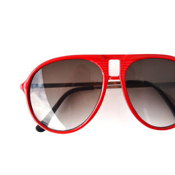 Vintage 70s 80s Aviator Sunglasses // Red Black Large Shades