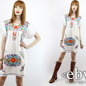 Mexican Dress Embroidered Dress Hippie Dress Hippy Dress Boho Dress Festival Dress White Dress Vintage 70s White Embroidered Mini Dress L XL