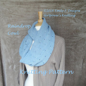 Raindrop Cowl Scarf Knitting Pattern, Eyelet Lace, Infinity Cowl Scarf, Fingering or Sport Yarn, Long Loop Scarf