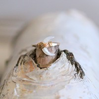 Moonbeam Ring - Mother of Pearl