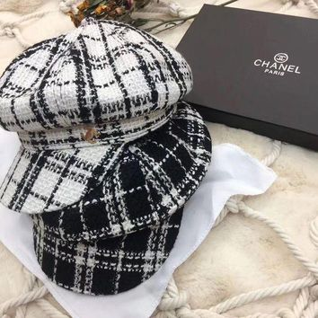 DCCK6HW Chanel' Autumn Winter Fashion All-match Classic Multicolor Tartan Stripe Flat Cap Women Hat